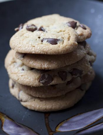 The Absolute Best Chocolate Chip Cookie Ever
